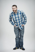 Dave Gorman Gets Straight To The Point