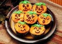 Wimborne Halloween Cake Decorating