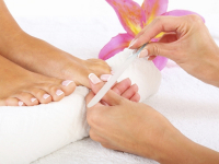 HALF PRICE PEDICURE WITH COURTNEY AT THE BEAUTY BOX