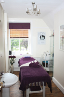 Back, Neck and Shoulder Massage for just £5 with any Crystal Clear Facial