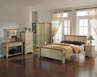 THE HERTFORDSHIRE PAINTED BEDROOM FURNITURE RANGE