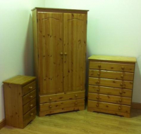 BENTLEY RANGE 3 PIECE SOLID PINE BEDROOM SET - £459