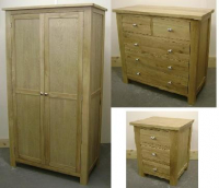 SOLID OAK BEDROOM SET - £699
