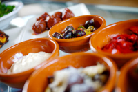 Tapas Set Menu  £10 per guest minimum 2 persons sharing