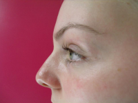 Complimentry eyebrow wax at Seraphim Aesthetics.