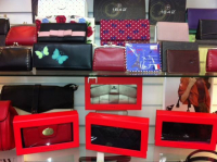 Get 15% Off Wallets & Purses!