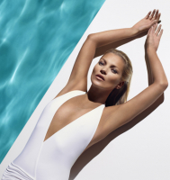 Free St Tropez perfect leg spay with every spray tan.