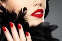 £10 off Gellux nails when you book hair appt