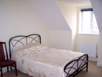 15% OFF Admin Fees When Renting This Room in Broughton!