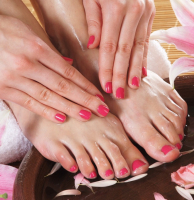 Deluxe Manicure & Delux Pedicure just £30