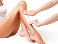 HALF PRICE ON HALF LEG WAX WITH COURTNEY AT THE BEAUTY BOX