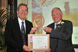Shrewsbury caravan dealership wins bloom award