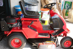 Last cut of the season? Need advice on Garden Machinery?