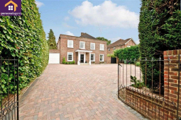 Longdown Lane - 5 bed 4 reception spacious detached home in - Epsoml from The Personal Agent @PersonalAgentUK
