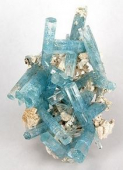 Julie Peel Jewellers share the delights of Aquamarine, the birthstone for October