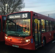 We love bright red buses in #Epsom @Epsomcoachesgro