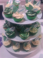 CUPCAKES WITH YOUR BUSINESS NAME - just £1.25 inc. logo and box