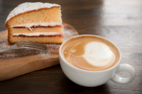 Slice of Cake & Hot Drink for £5.00