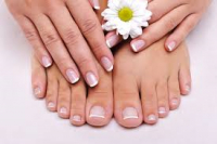 £10 off pedicures