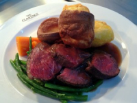 AMAZING SUNDAY ROAST FOR £12.75 AT THE CLARENCE