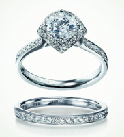 10% off all Furrer-Jacot platinum wedding rings