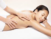 Bespoke body massage with free mini manicure or mini pedicure