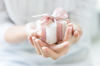 FREE Gift Wrapping Service from Coopers Jewellery