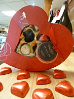 BESPOKE HAMPERS AND GIFTS FOR VALENTINES DAY FROM TAPENADE