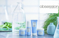 Receive a complimentary gift with purchase of any 2 HYDRAMEMORY products