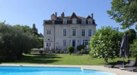 Rent a chateau for a weekend near Bordeaux in France