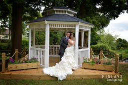 Would you like a free £5,000 wedding in Telford