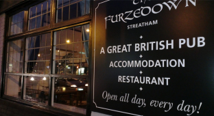 Cosy pub lunches at The Furzedown in Streatham this Autumn