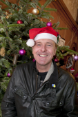 Phil Tufnell invites you to join the Festive Friday Fun @Childrens_Trust @philtufnell