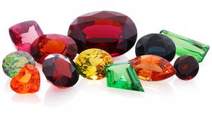 Farnham's Julie Peel Jewellers explain why January's birthstone, Garnet, is full of surprises!