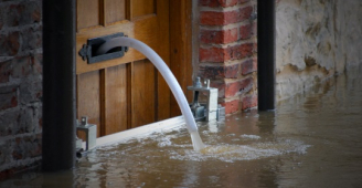Practical advice to tenants and landlords whose businesses have been affected by the floods.