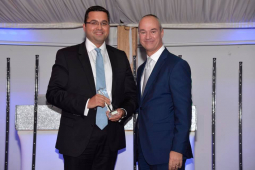Pinehill Hospital Surgeon Receives Clinical Excellence Award
