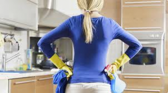 https://media.thebestof.co.uk/570/570/500700f49da778353d000002/st+neots+cleaning6.jpg