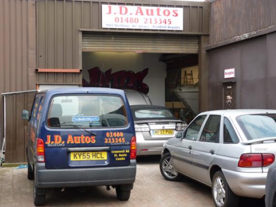Wellingborough Car Body Repair Shop