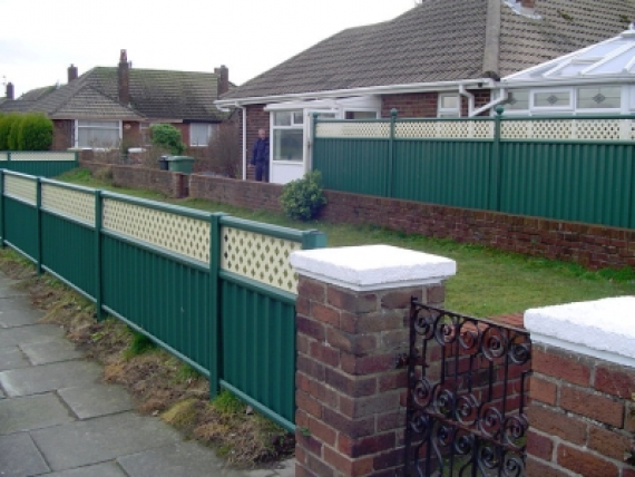 Colourfence Fencing Gates And Railings In Telford