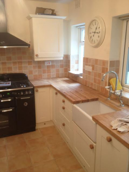 Amber kitchens limited walsall for Best bathrooms rugeley