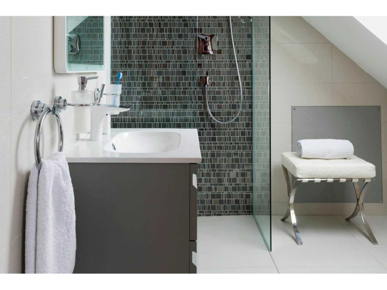 What Kinds Of Tiles Are Suitable For Wet Rooms