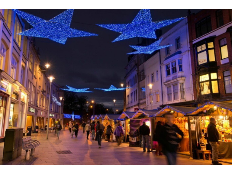- Here's When The Christmas Lights Will Be Switched On Around Cardiff