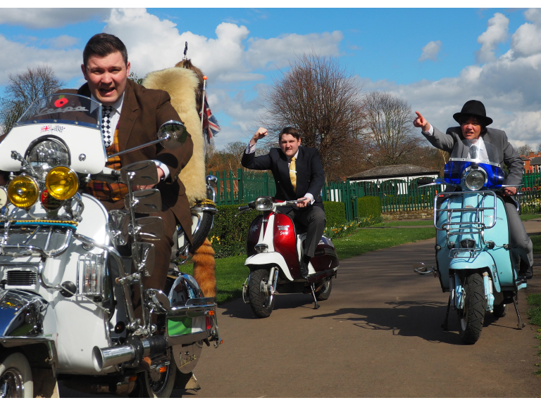 'ONE MAN TWO GUVNORS' OPENS 11TH MAY – EAST MIDLANDS PREMIERE