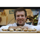 Chef inspires shoppers to cook festive treats in Epsom - @ashley_centre @4GFoodAcademy