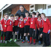 Local schoolchildren meet England rugby legend