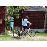 Twickenham bike retailer help to replace stolen tricycle