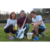 Shrewsbury Newlyweds take on London Marathon to raise £4k for the Hospices