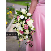 Wedding flowers that give bang for your buck from Elliza Wade Florists.