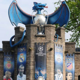Have you seen the Blue Dragon at Cardiff Castle ?