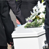 3 decisions you need to make before you hire a funeral home